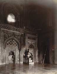 Interior of chamber beneath the great dome of the Jami Masjid, showing principal mihrabs and minbar, Fatehpur Sikri 1003588